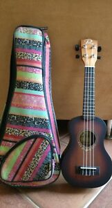 """Puka 21"""" rosewood ukulele come with strap bag , tuner/ kid guitar Attadale Melville Area Preview"""