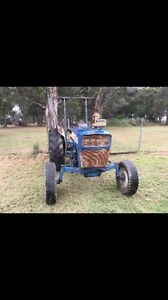 Ford 3000 tractor Maroubra Eastern Suburbs Preview