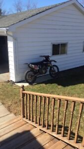 LOOKING FOR A 250 OR 450 DIRT BIKE