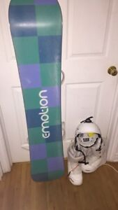 Snowboarding gear and snowboard