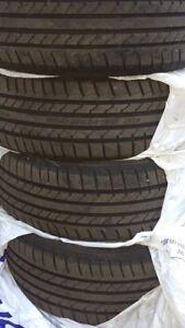 17pouces pneus d'été a vendre !! 17in summer tires