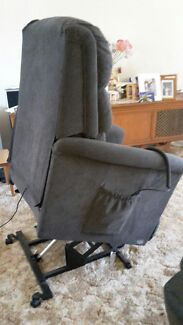Laziboy Ascot Recliner & Chair Lift Seaham Port Stephens Area Preview