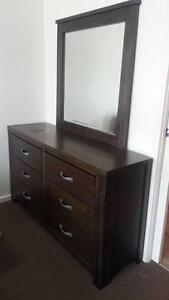Dresser with mirror. Harrison Gungahlin Area Preview