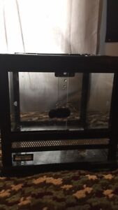 REPTILE TERRARIUM WITH FRONT OPENING DOORS PLUS ACCESSORIES OBO