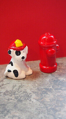 Russ Dalmatian & Fire Hydrant Salt & Pepper Shaker Vintage Kitchen Red Black New Fire Salt Shaker