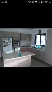 URGENT ROOM FOR RENT BERRY SPRINGS.- FEMALE ONLY. Southport Litchfield Area Preview