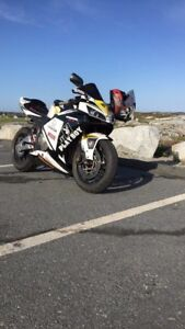 2006 Cbr600rr very lows kms, tons of addons! *price reduced*