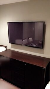 "Samsung 51"" with Wall Mount"
