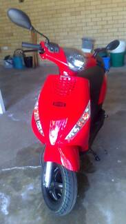 """Bruce"" the 2012 50cc Piaggio Scooter"