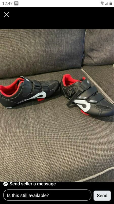 Peloton Cycling Shoes with Cleats Size 39