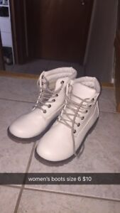 Women's size 6-7 boots