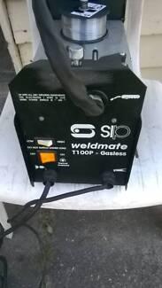 mig welder as new condition gasless $140 neg