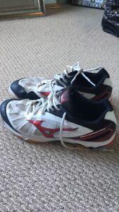 Mizuno hurricane court shoes