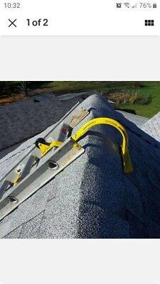 Heavy Duty Roof Ridge Ladder Top Hook Lock Swivel Adjustable Steel Wheel Durable