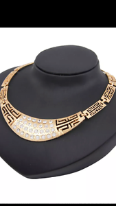 Women's necklace set brand new Roxburgh Park Hume Area Preview