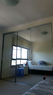 Room share in Pyrmont!One girl ASAP