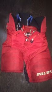 Bauer nexus 800 pants red Sr medium