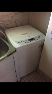 LG 5kg Washing Machine - moving interstate