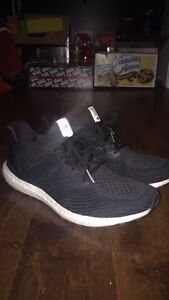 Size 12 ultra boosts like new condition