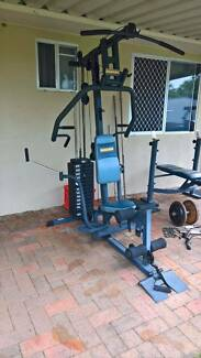 Body builder expander home gym in good condition