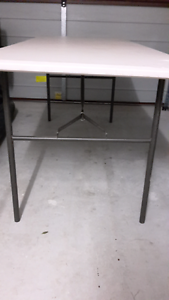 Fold out table Springfield Lakes Ipswich City Preview