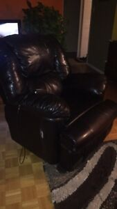 Black leather    recliner sofa chair   with remote