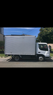 Removal's Truck and ute
