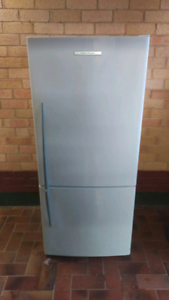 404L Fisher and Paykel active smart fridge Salisbury Downs Salisbury Area Preview