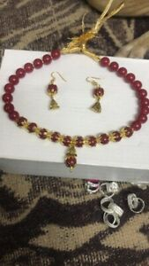 Beautiful necklace to wear at parties and marriages