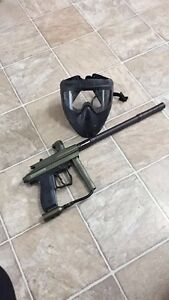 Paintball gun & mask