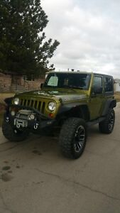 2007 Jeep Wrangler/ Sahara/ 2 doors/ manual