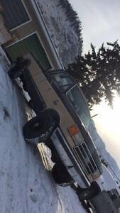 1990 Ford F-250 4x4 351w engine