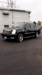 2007 Cadillac Escalade EXT SAFETIED AND ETESTED