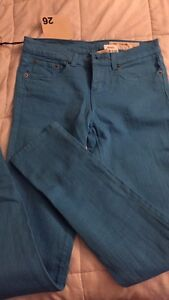 Skinny jeans size 26 London Ontario image 1