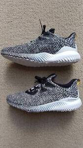 "Adidas Alphabounce ""Aramis"" authentic w/ receipt mens US8.5 BNWT Turramurra Ku-ring-gai Area Preview"