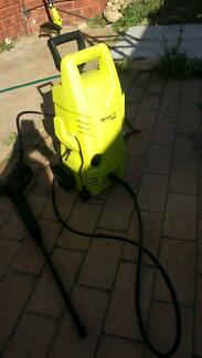 Karcher N1417 Pressure Washer 150 Parkwood Canning Area Preview