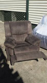 3 Seater Lounge+2 Single recliners Seven Hills Blacktown Area Preview
