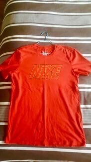Nike/adidas/fila
