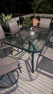 A Garden Table (Green) No Chairs