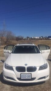 BMW 2011 323i Series New for only 6,000