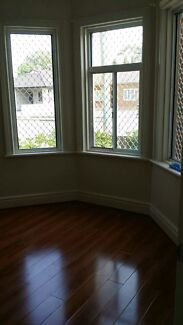 Spacious master room only 8 min to Burwood Train station