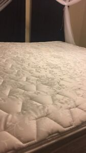 King mattress with double pillows