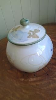 Vintage Australian Pottery biscuit barrell - Robert Gordon -