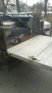 Electric Ramp for pick up truck
