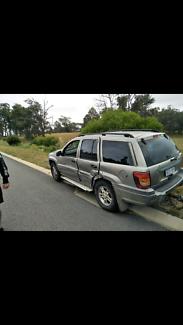 Wrecking Grand Cherokee Laredo 4.7 V8