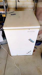 150 ltr chest freezer Alkimos Wanneroo Area Preview
