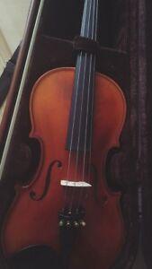 Violon 4/4 parfaite condition