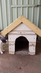 Small Dog Kennel wood tin roof Gawler Gawler Area Preview