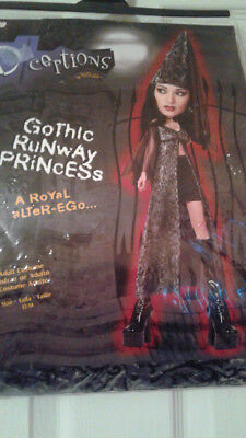HALLOWEEN GOTHIC RUNWAY PRINCESS ADULT COSTUME SIZE 12-14 - A Princess Halloween Costume