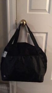 New with tags Gap Gym Tote bag sold out black